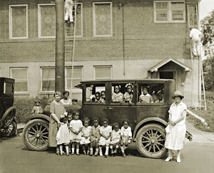 Children outside Union Baptist Church, 1925