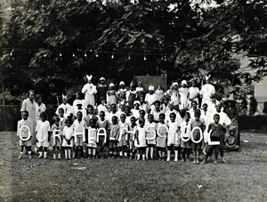 Class picture at playground, 1925